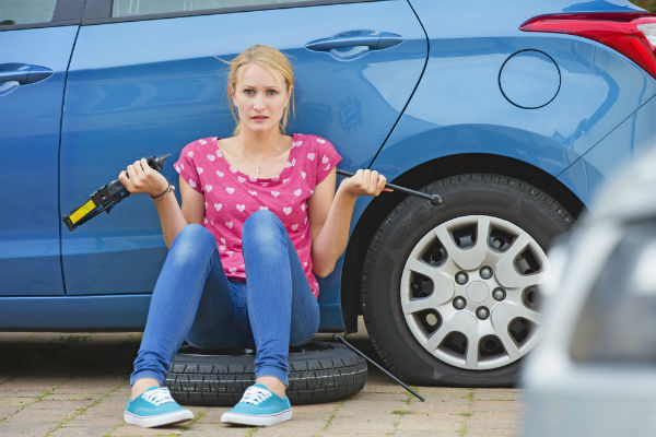 flat tyre here to help