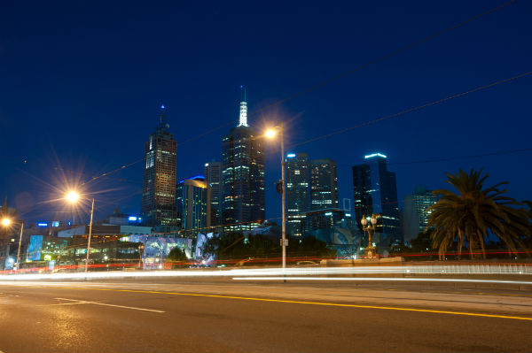 melbourne city night tow